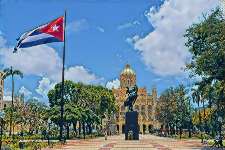 4 Lessons I Learned As a Solo Traveler In Cuba: A Photo Journal