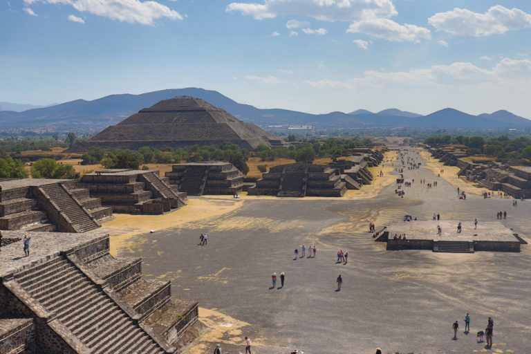 How To Plan a Day Trip To The Pyramids At Teotihuacán From Mexico City